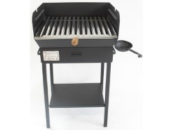 BARBECUE IN FERRO BATTUTO FAMILY  cm. 50 x 40 x94 h